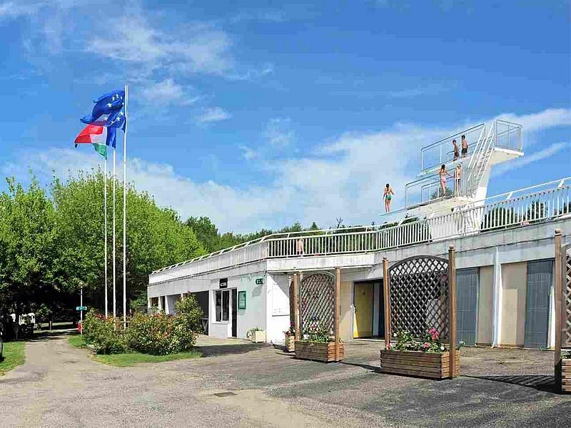 Casteljaloux camping municipal for Casteljaloux piscine