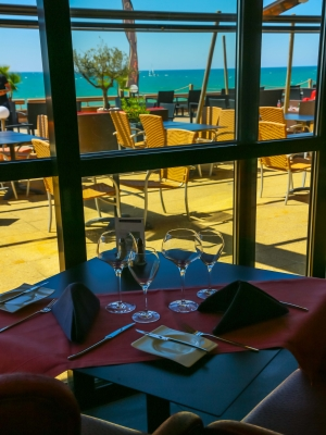 bistro 39 baya le restaurant panoramique du baya hotel capbreton tourisme aquitaine site officiel. Black Bedroom Furniture Sets. Home Design Ideas