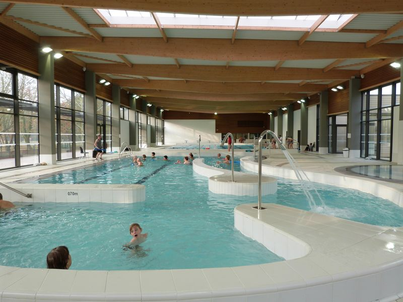 Tourisme gujan mestras for Piscine de menin tarif